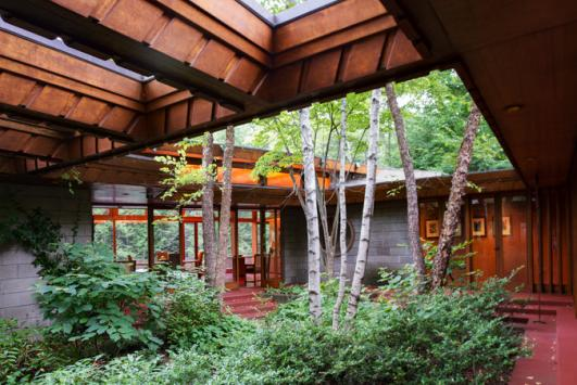 How to Sell a Frank Lloyd Wright House