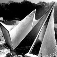Le Corbusier's Philips Pavilion from the 1958 World's Fair in Brussels – Le Corbusier: The Art of Architecture