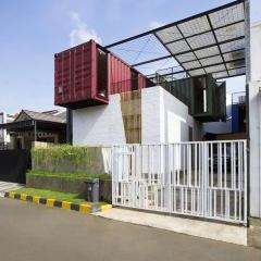 Container for Urban Living by Atelier Riri