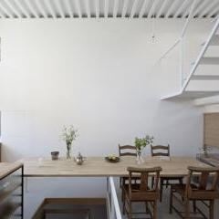 Itami Loft by Yo Shimada of Tato Architects
