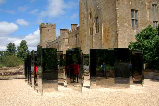 Simplified Mirror Labyrinth 1 by Jeppe Hein (2008) - Reconstruction #3 Artists' playground - Sudeley Castle