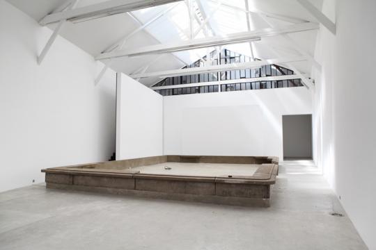 Jean Prouvé Maison Métropole Aluminium presented by Galerie Patrick Seguin