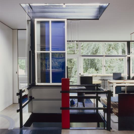 Interior of the Rietveld Schröder House, Gerrit Rietveld, 1924 © VG Bild-Kunst, Bonn 2012, Photo: Kim Zwarts