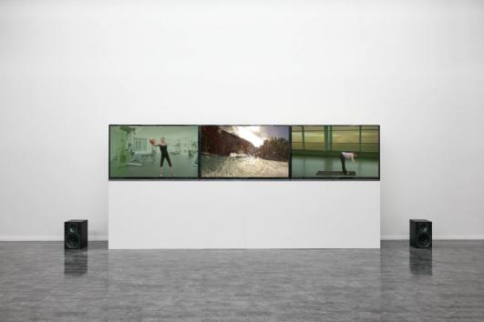 Guan Xiao, Action, 2014, Courtesy of Guan Xiao and Antenna Space Shanghai