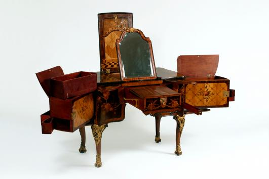 Dressing Table by Abraham and David Roentgen