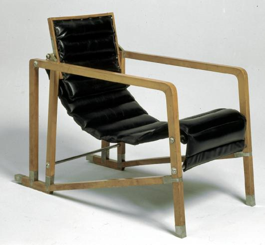 Transat armchair, 1926-1929 by Eileen Gray