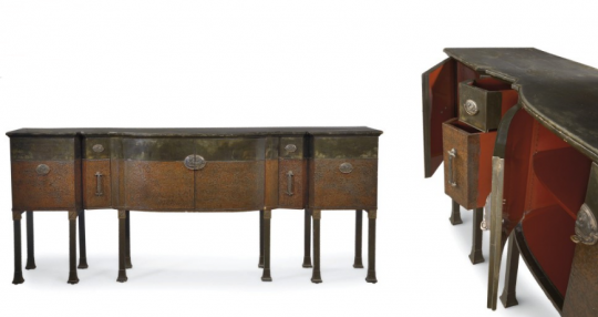 Eileen Gray: Enfilade Lacquered sideboard, 1915-1917. Collection Yves Saint Laurent and Pierre Bergé