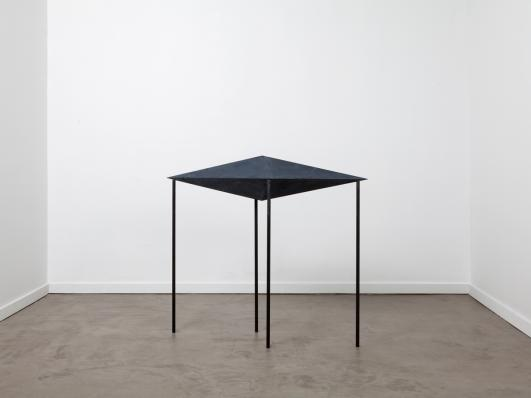 Jonathan Muecke, Stabilizer (STAB), 2013. Carbon fiber. Photo courtesy the artist.