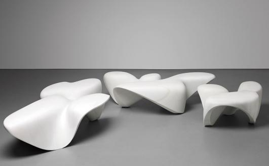 ZAHA HADID Set of three 'Bianco Covelano' low tables, from the 'Mercuric' collection, 2013 - Donated by the Zaha Hadid Foundation