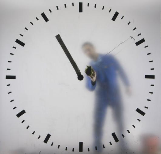 Schiphol Clock by MAARTEN BAAS, credits Rob Hodselmans
