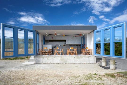 West Beach Cafe, Littlehampton, by Asif Khan