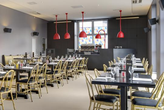 Maarten Bass - Clay Collection chairs in Mendini Restaurant