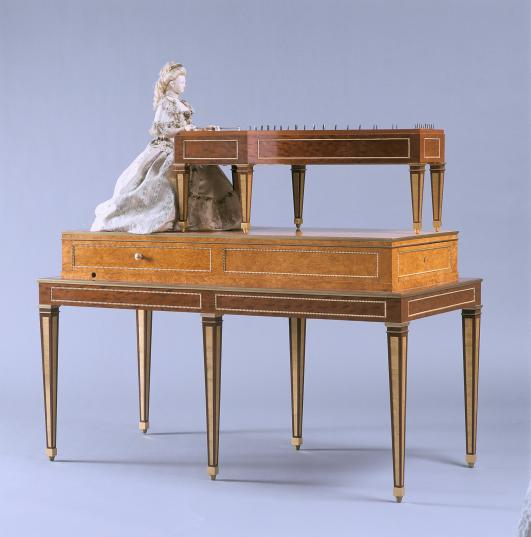 Automaton of Marie Antoinette, called La Joueuse de Tympanon (The Dulcimer Player) by David Roentgen