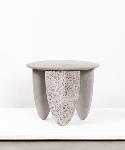 Wolffish-pig stool: Vegetal tanned pig leather, vegetal tanned wolffish skin, wood, brass label