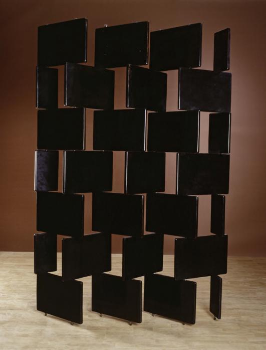 Paravent en briques, 1919-1922 by Eileen Gray