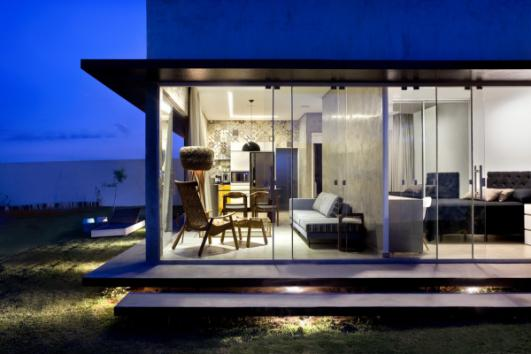 Box-House-by-1-1-arquitetura-brasilia-12-600x400.jpg