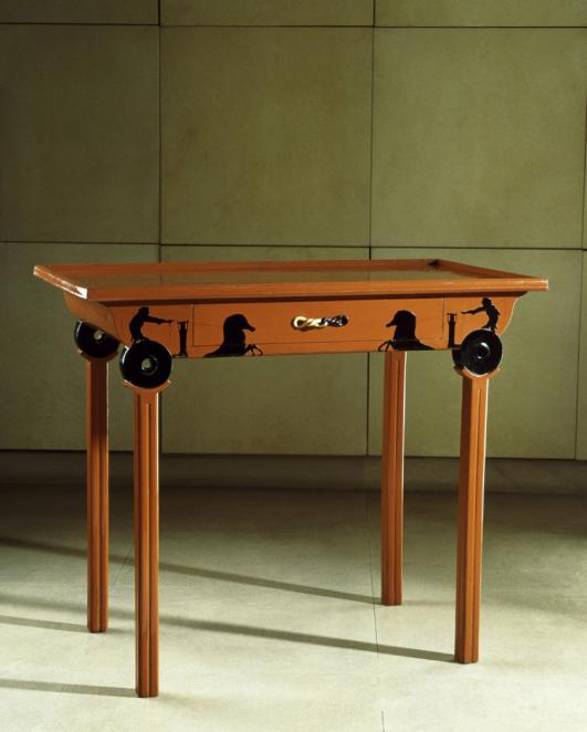 Table aux chars, circa 1915 by Eileen Gray
