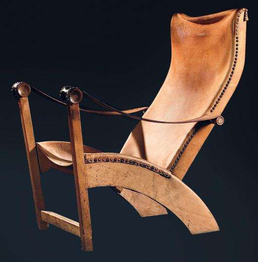 MOGENS-VOLTELEN (1905-1995) Fauteuil modèle «Copenhagen» Chêne teinté, cuir et laiton Édition Niels Vodder 1936… 4,000 - 6,000 €