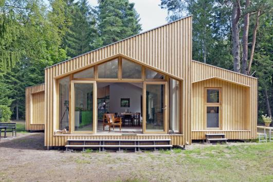 snap together vacation home by facit homes detnk