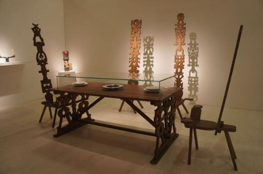 GATTARE wooden table and totem chairs