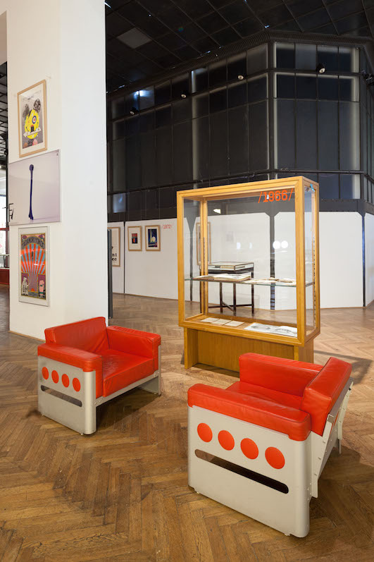 MAK Exhibition View, 2014  EXEMPLARY. 150 Years of the MAK – From Arts and Crafts to Design MAK Exhibition Hall In the front: Walter Pichler, Chairs Galaxy, 1966 © MAK/Katrin Wißkirchen