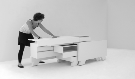 Transformer-shelf by Martin Sämmer. Photo by Oliver Wrobel